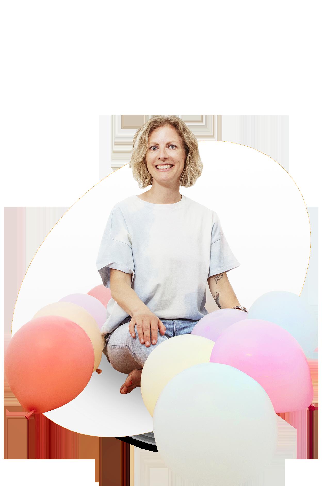 Ein Foto von Julia mit Luftballons