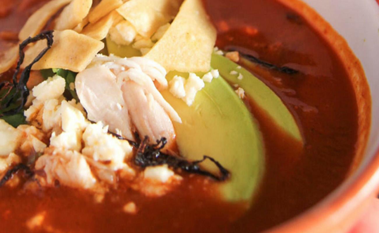 Sopa de Tortilla (Tortilla Soup)