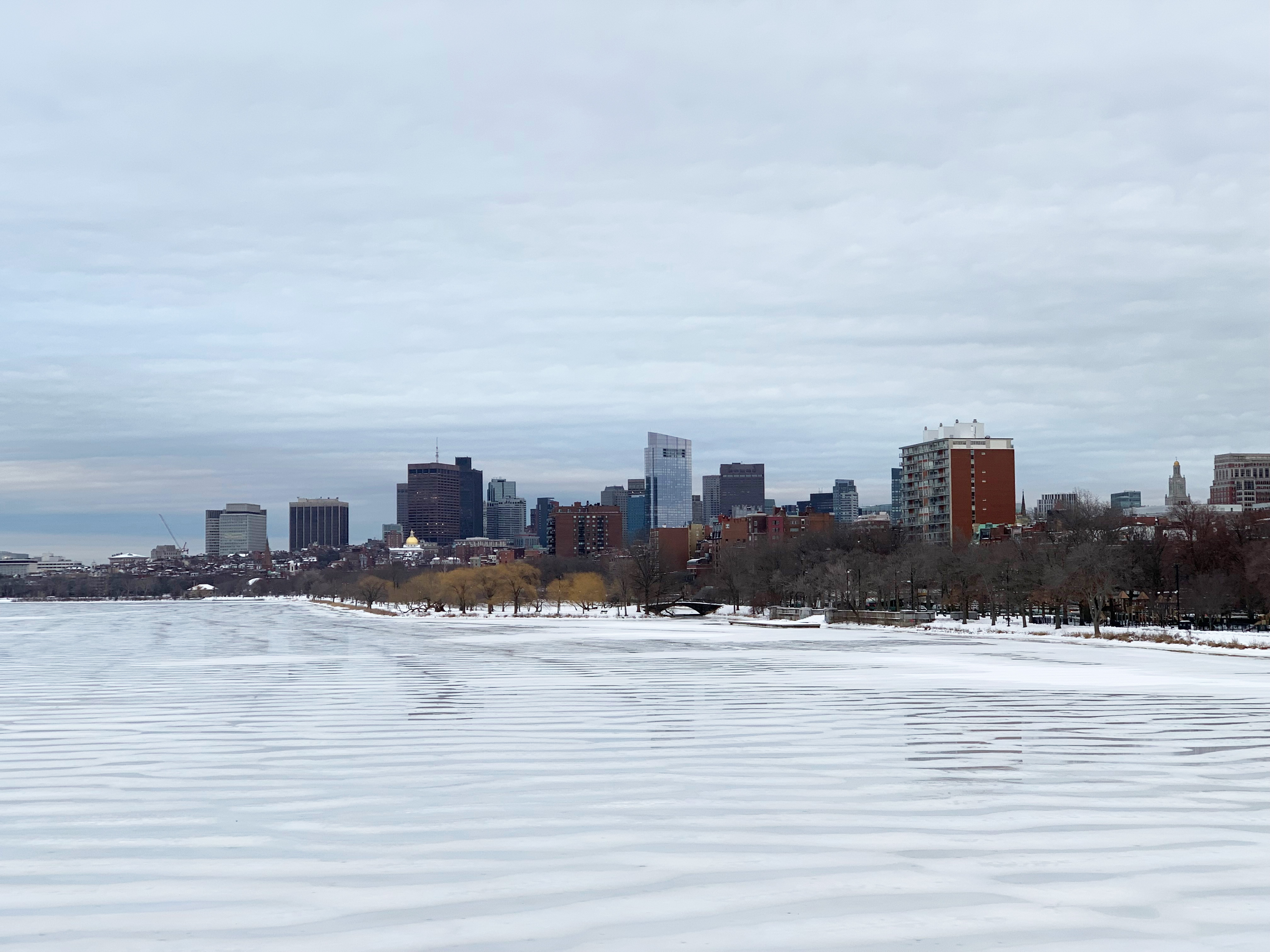 Photo - Boston in winter with frozen river