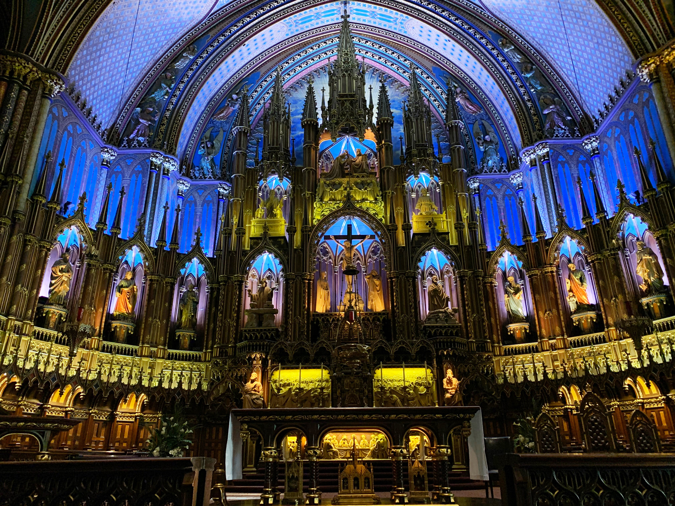 Photo - Notre-Dame Basilica of Montreal