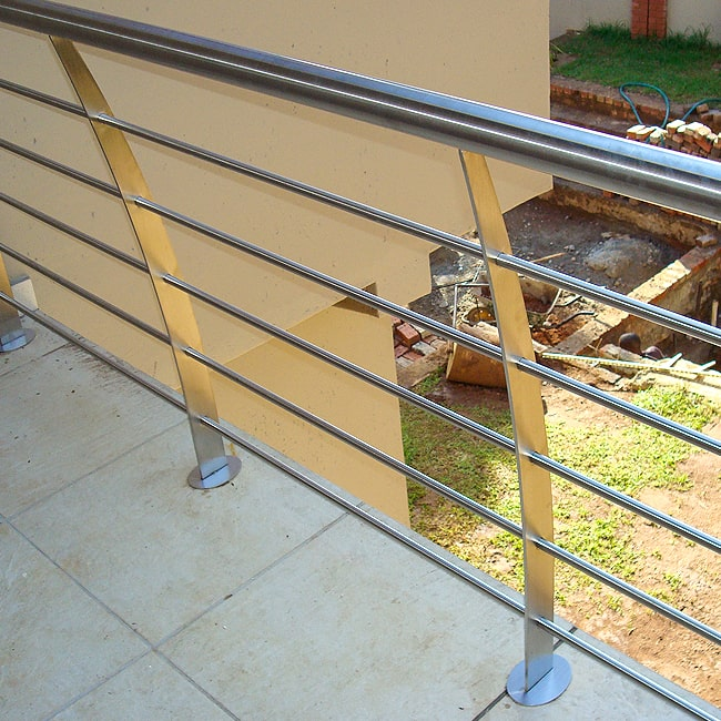 Steel balcony balustrade