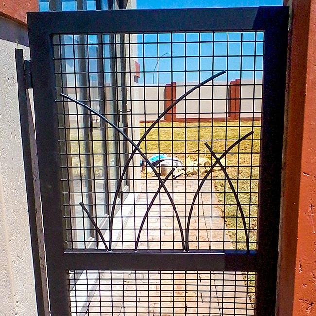 Custom built steel gates Gauteng
