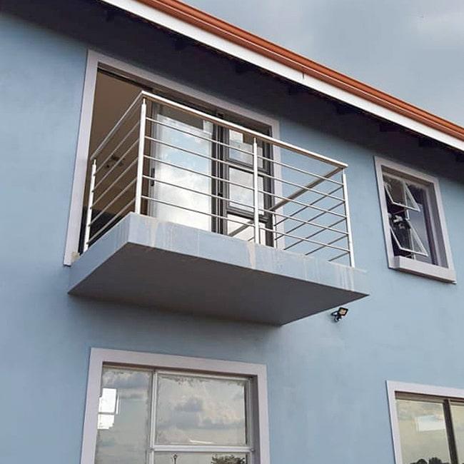 Apartment balcony Balustrading installers