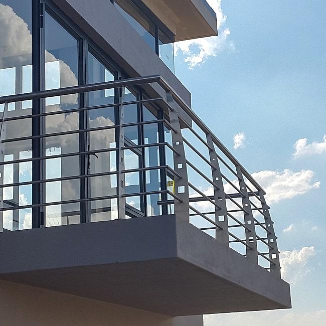 balcony balustrades installers