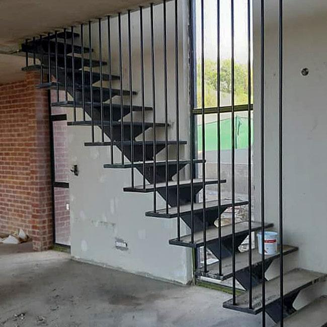 vertical steel bar balustrade