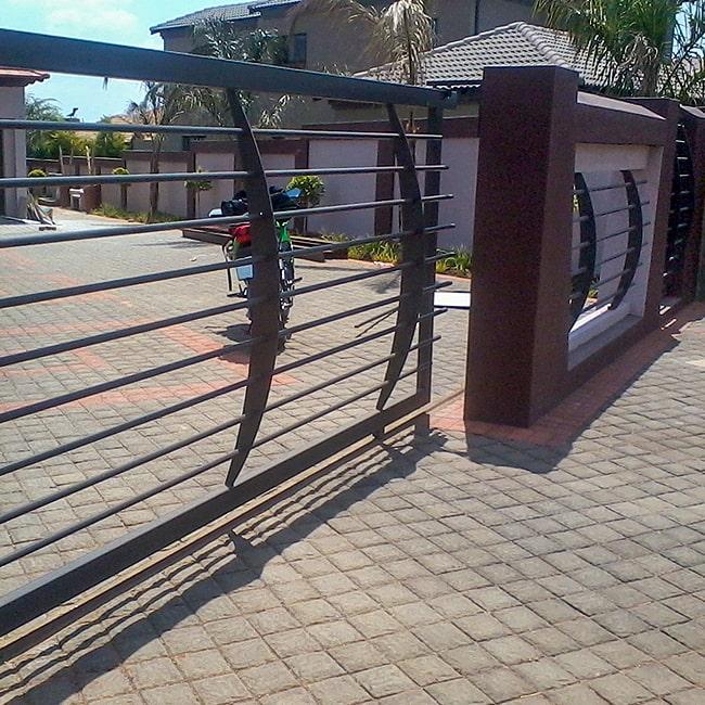 Stainless steel gate builders