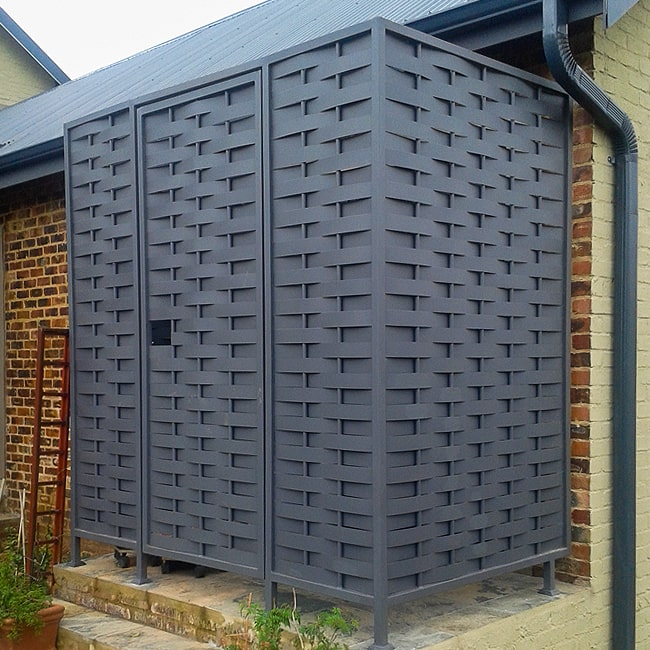 Woven steel screens