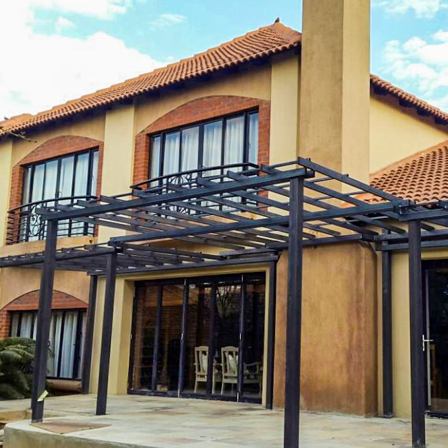 Steel pergola made to size