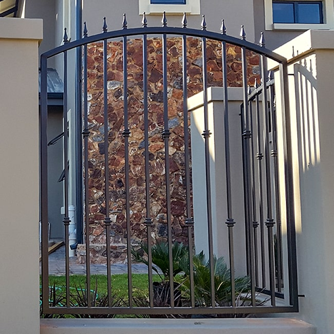Steel bar security fencing