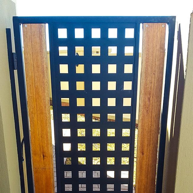 Steel mesh gate designs