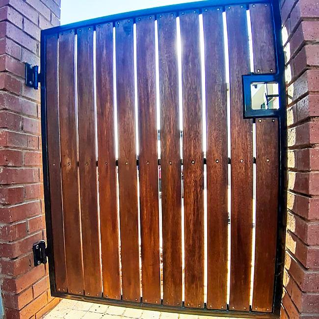 steel and meranti wood gate centurion