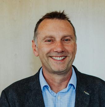 Ian Singleton