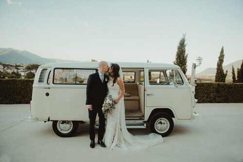 Micro Wedding vs. Elopement: Here's Which to Pick and Why