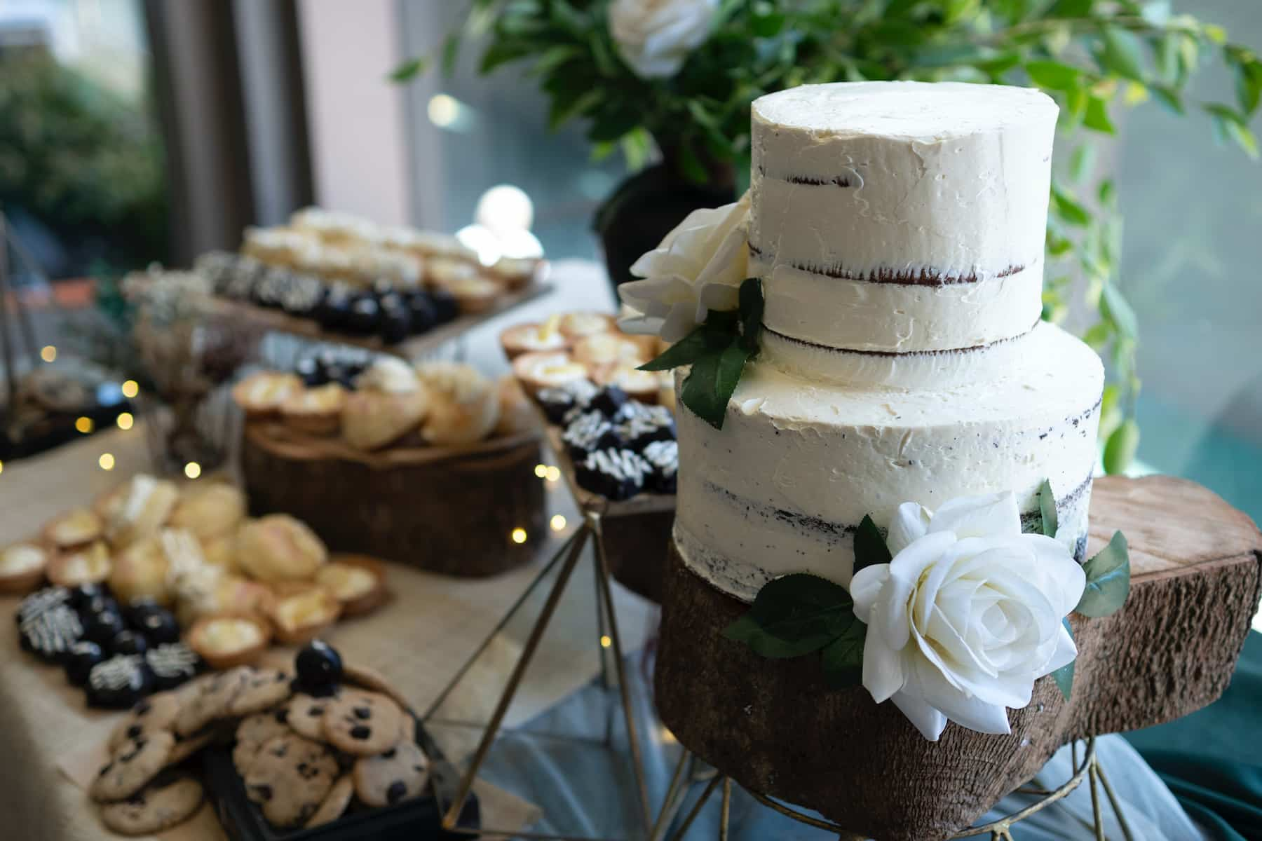 Is the Naked Wedding Cake Trend Worth It?