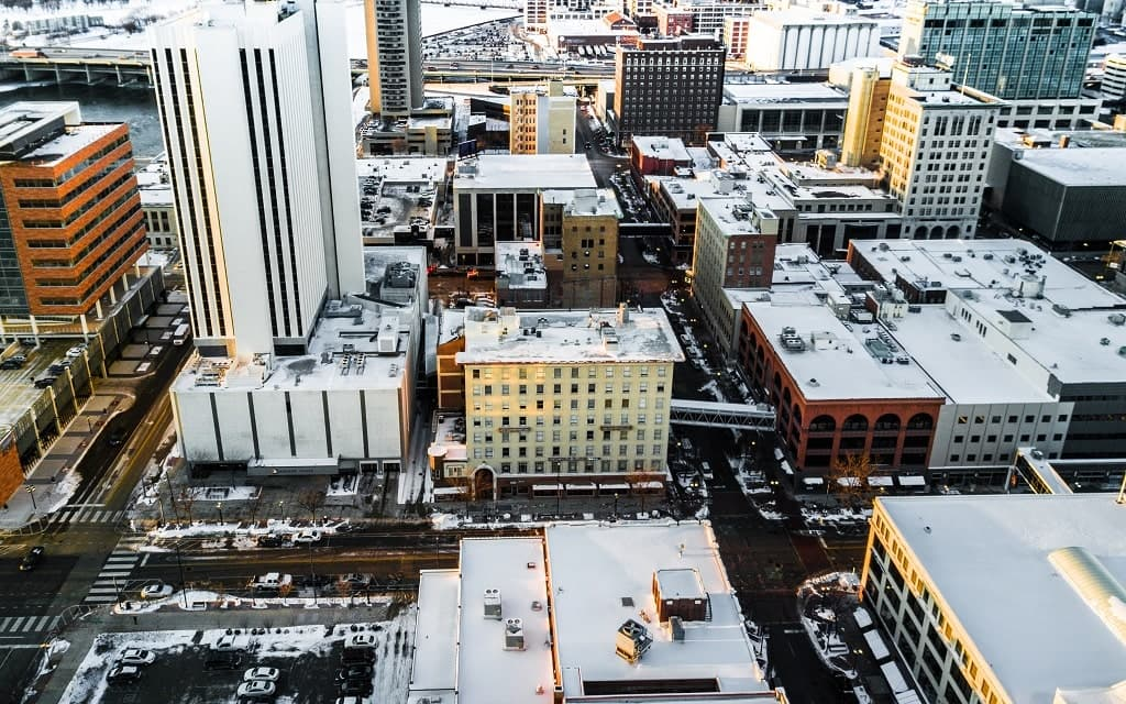 Winter Forecast for Iowa 2021-2022: How Much Snow to Expect?