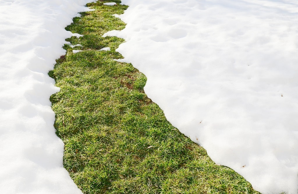 3 Negative Impacts Of Snow Melting On The Water Management For Your Commercial Property