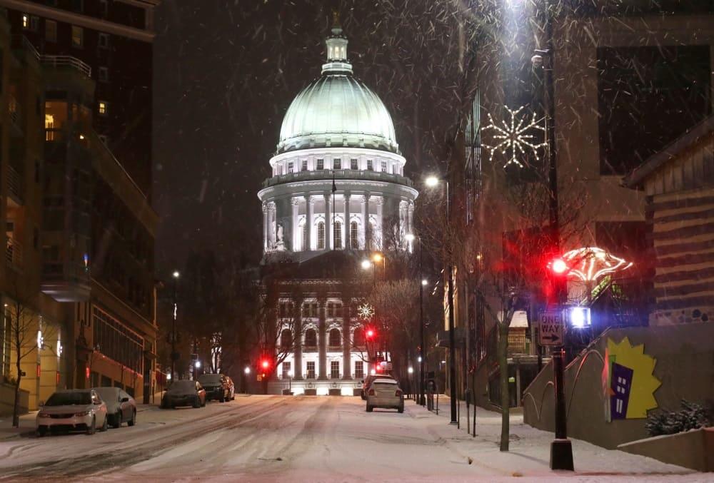 wisconsin snowfall