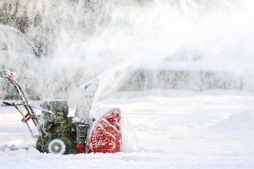 Professional-Snow-Equipment-1
