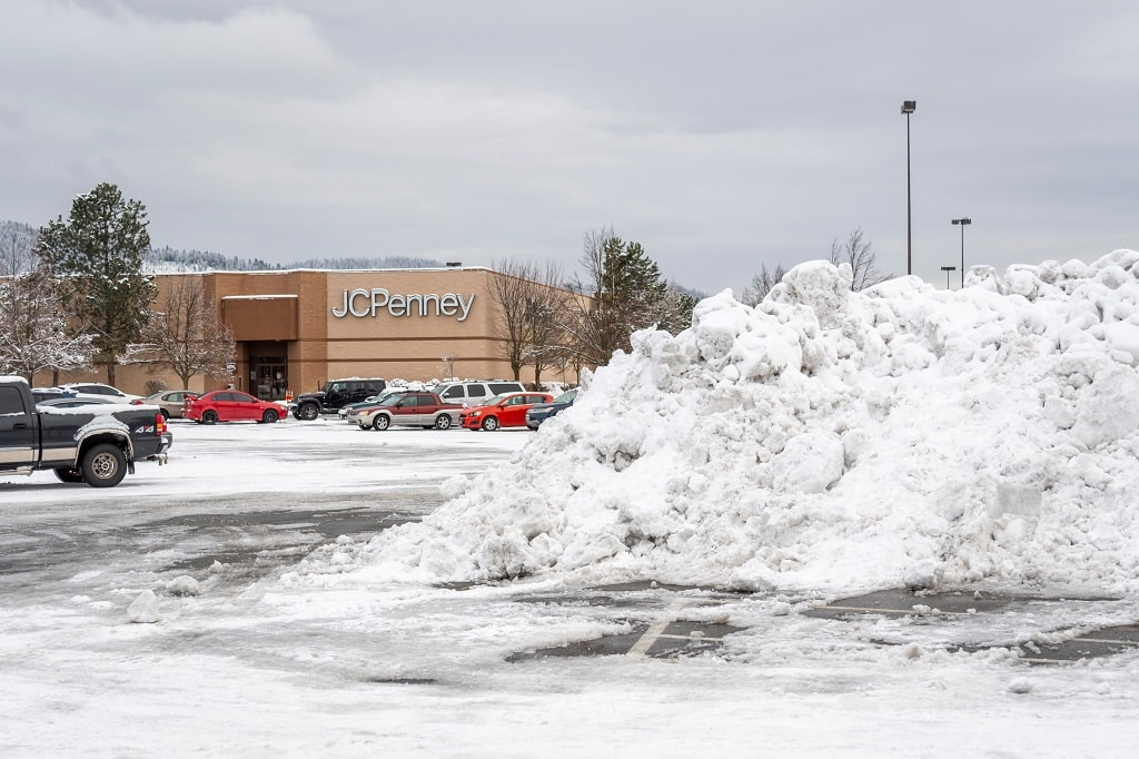 Snow Removal Wisconsin Shopping Retail Center