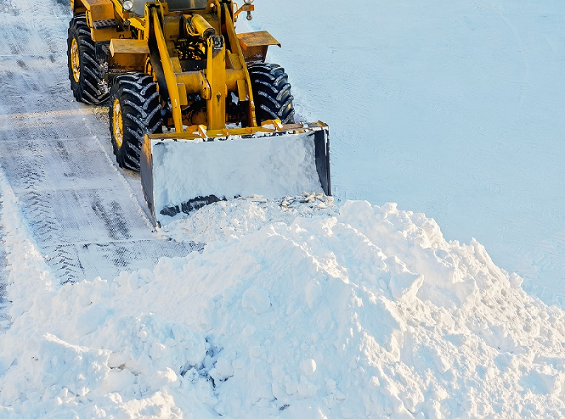 Seasonal commercial snow removal