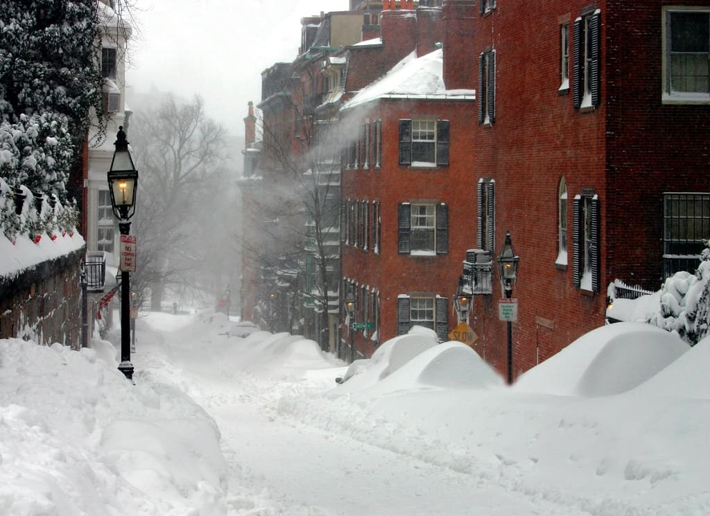 Everything You Need to Know About Thundersnow