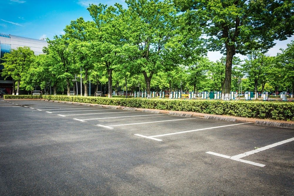 Why Clients Choose Our Commercial Parking Cleaning Company