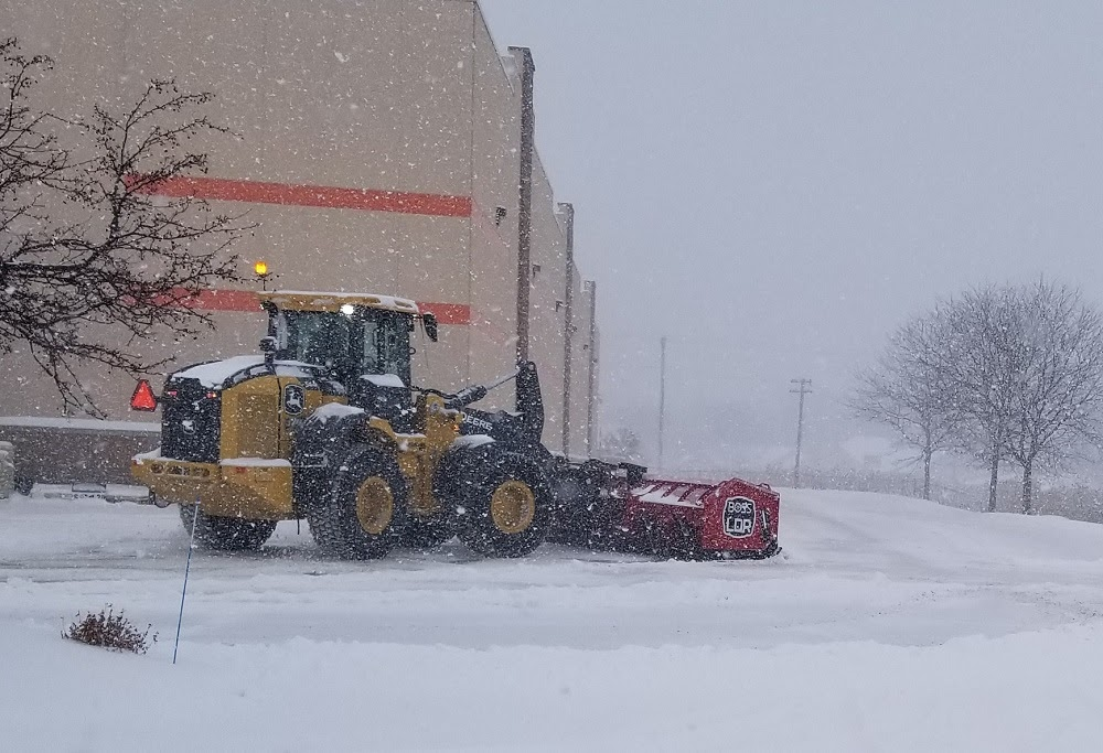 Earth Development is Eau Claire's top snow removal company. Businesses of all sizes trust us for our commitment to reliability, affordability, and safety. We also operate according to the following principles: