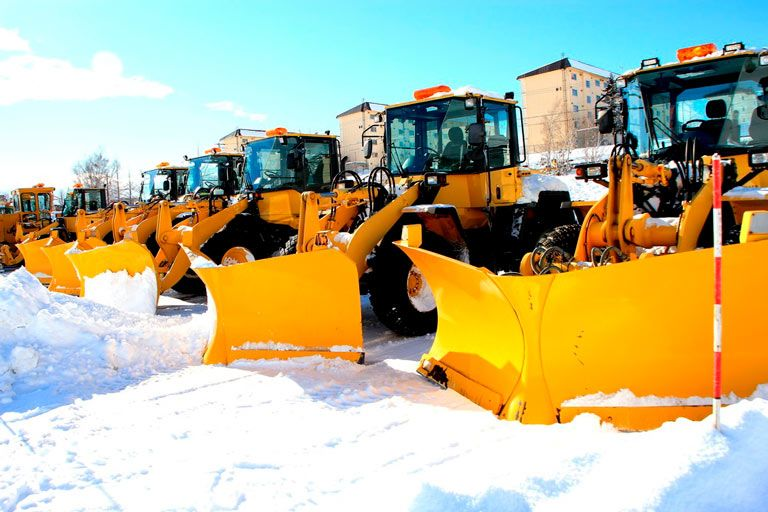 In the Minneapolis, Minnesota area and beyond, no one is more experienced or better equipped to handle the snow and ice management challenges for your business. Why should you trust us with your snow and ice removal needs? Here are some of the many reasons: