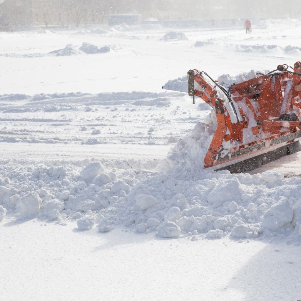 Consider these four simple reasons why Earth Development offers the best commercial snow removal service in Rochester, Byron, Stewartville, Kasson, and beyond.