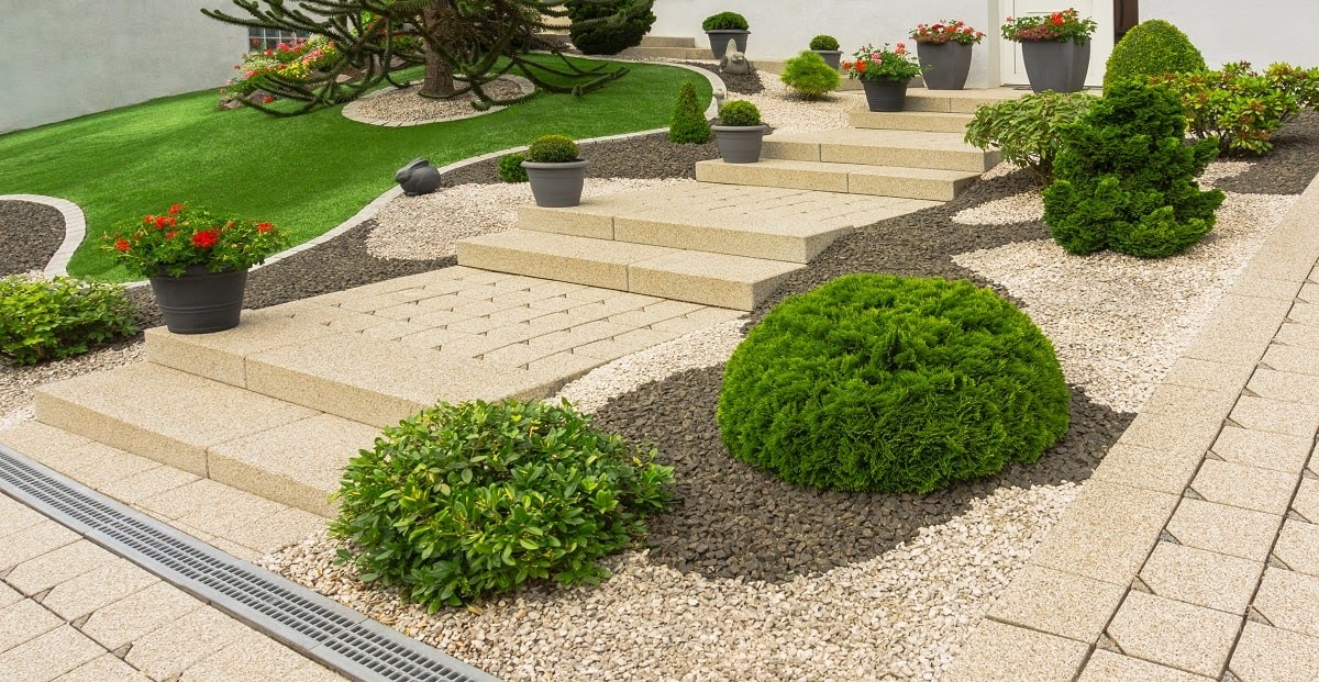 Businesses across Hudson, Wisconsin, count on Earth Development not just because of the fantastic quality of the work we do but our amazing prices! We use trusted, local contractors with years of experience in the region to deliver all-encompassing hard and soft landscaping services. Our team guarantees: