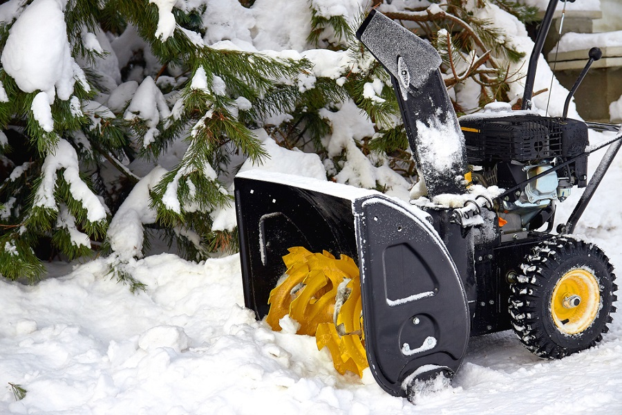 Choose the Right Professional Snow Removal Company