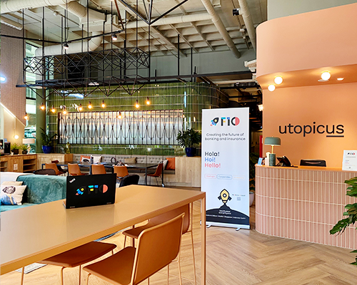 Image of the office space  in the F10 Madrid hub located at Utopicus coworking in Francisco Silvela