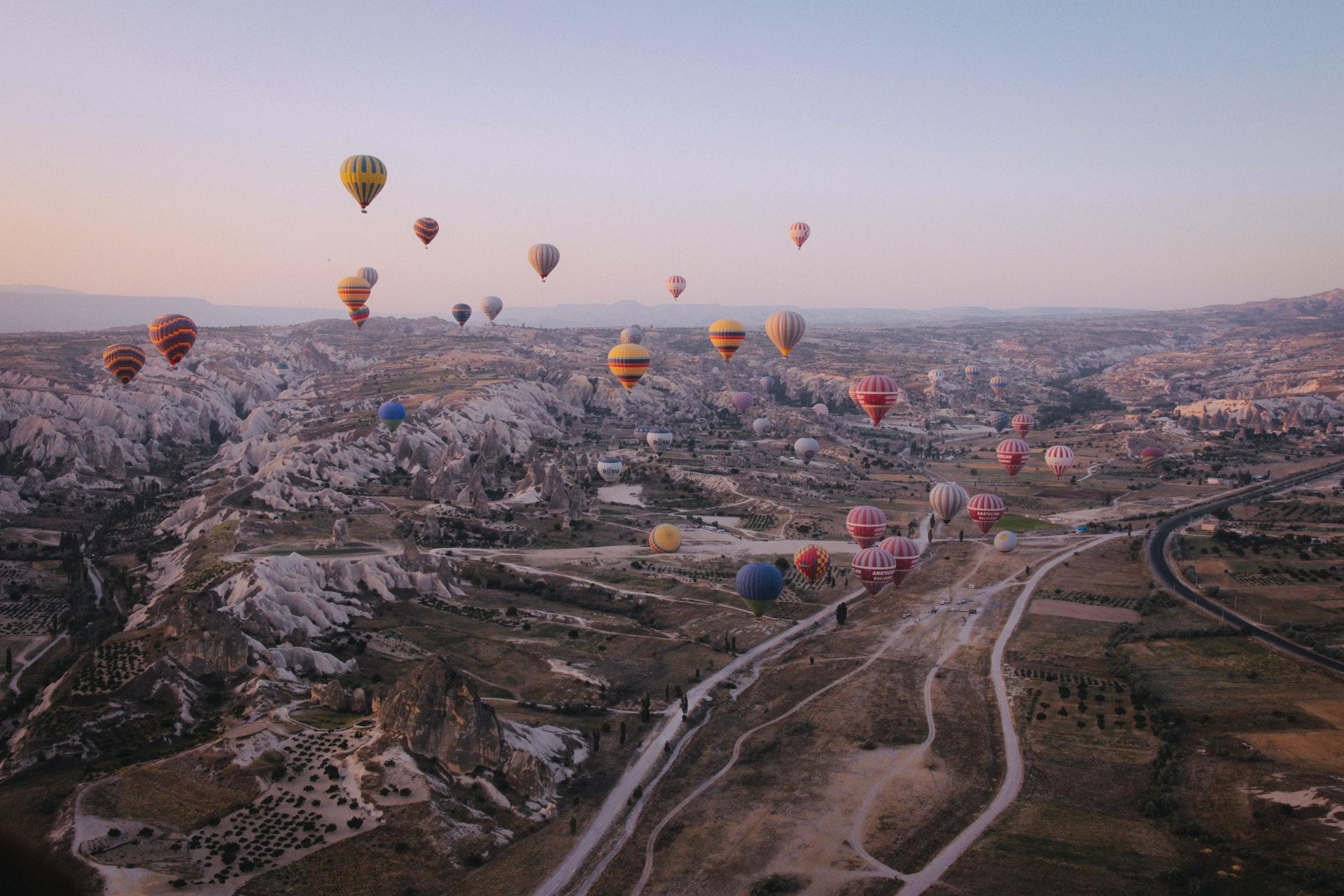 Hot Balloons in Turkey, a good travel activity