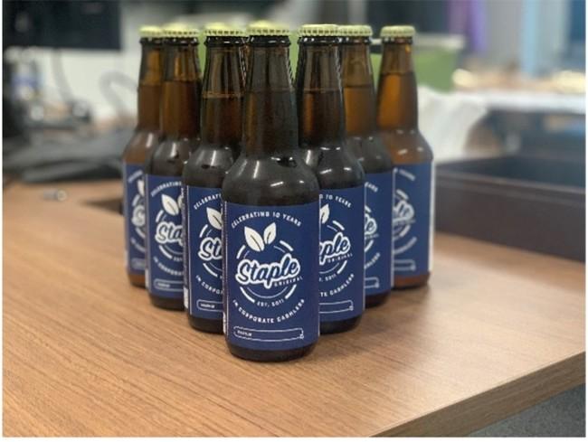 設立10周年を記念して制作したクラフトビール