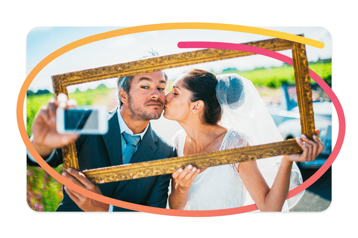 Pixtd Moment: Newlyweds leaving on honeymoon