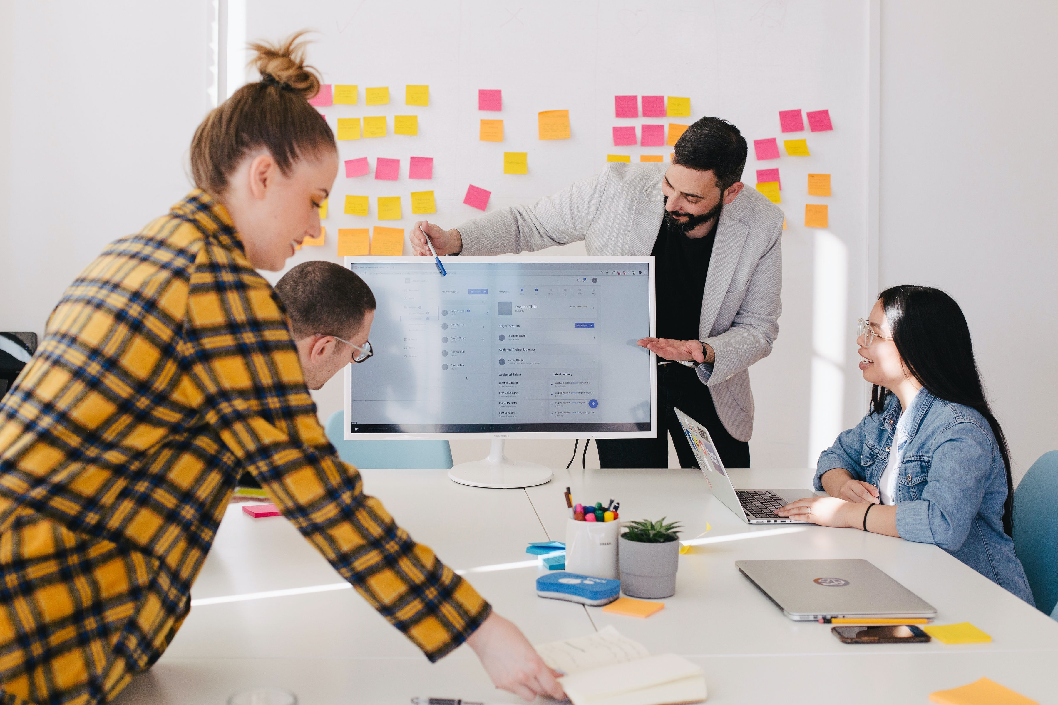 Prepare your office for hybrid work