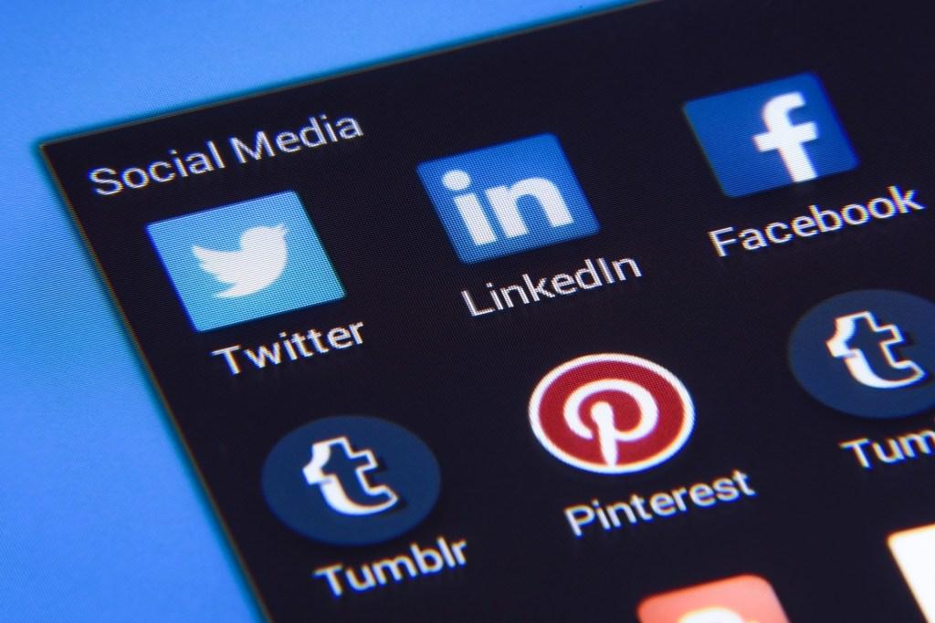 Social Media Marketing on Apps