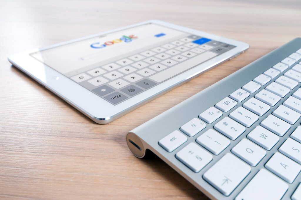 Searching on google is becoming more ad more voice activated