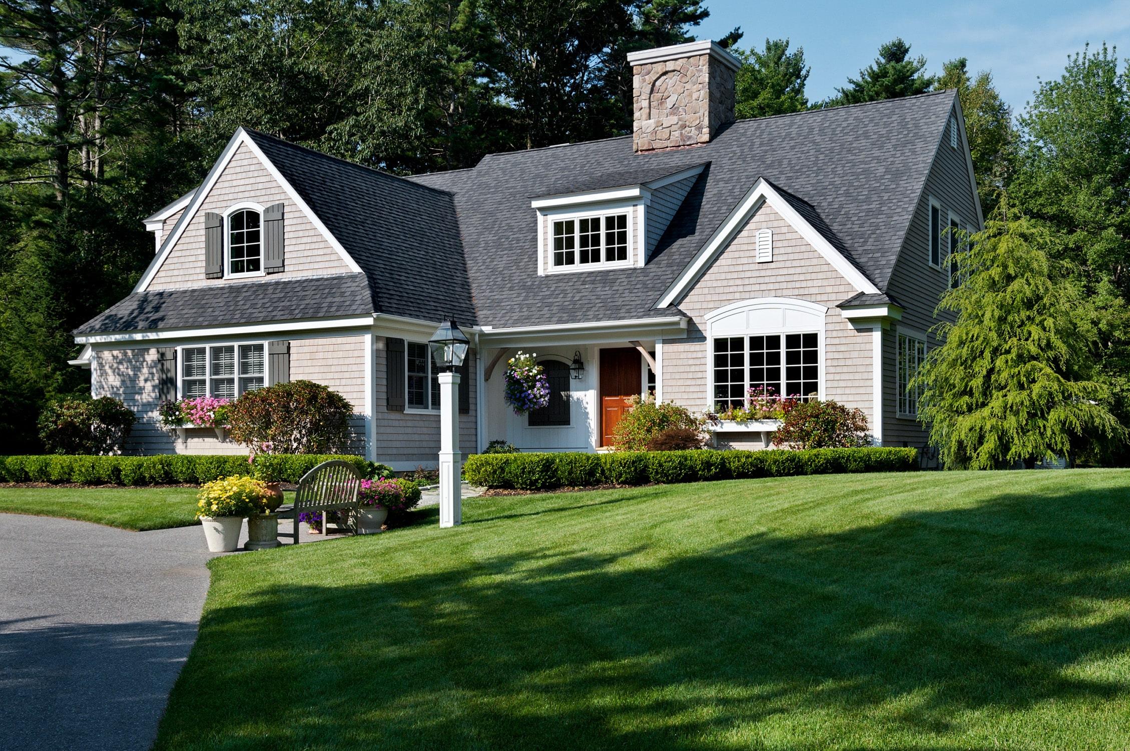 Cottage-Style Cape
