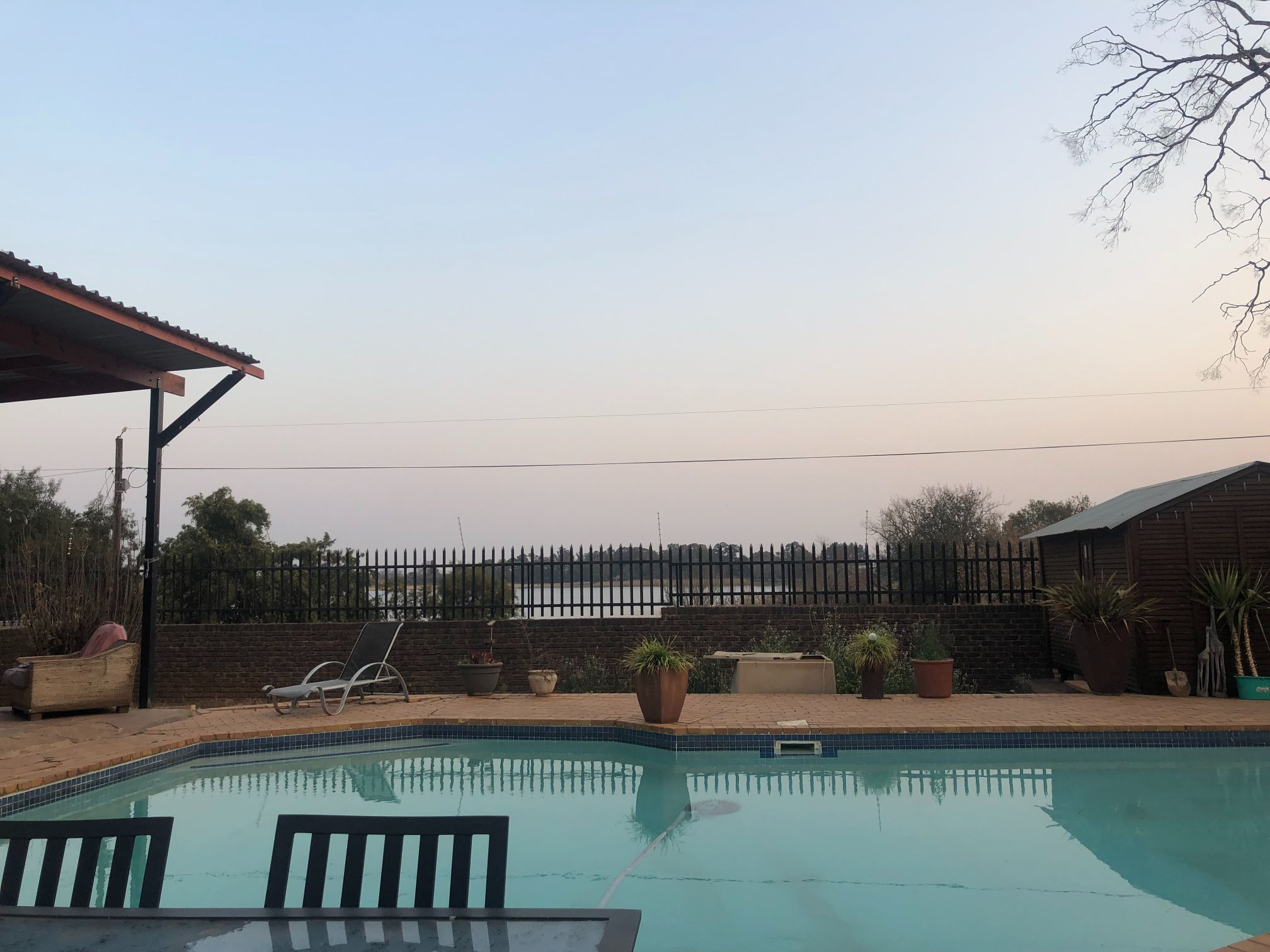 Lakeview backpackers accommodation Johannesburg, near the airport