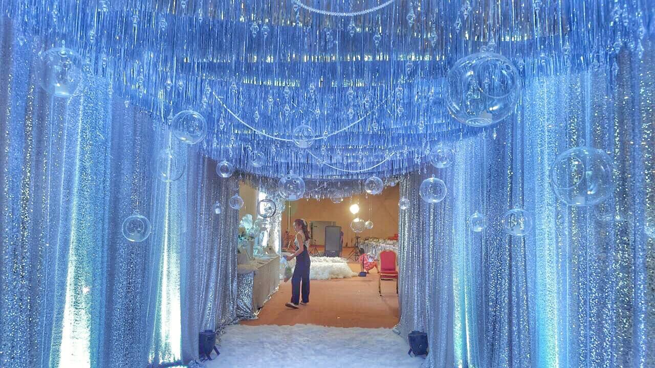 Winter Wonderland's elegant backdrop @Mandarin Oriental by SabuyWedding