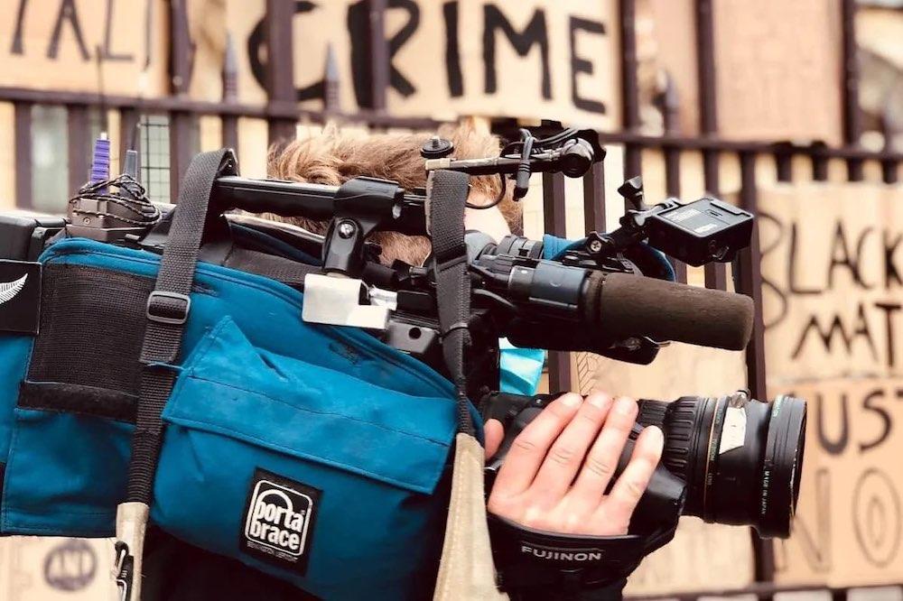 Etudes de journalisme : comment ça marche ? Notre guide pour devenir journaliste