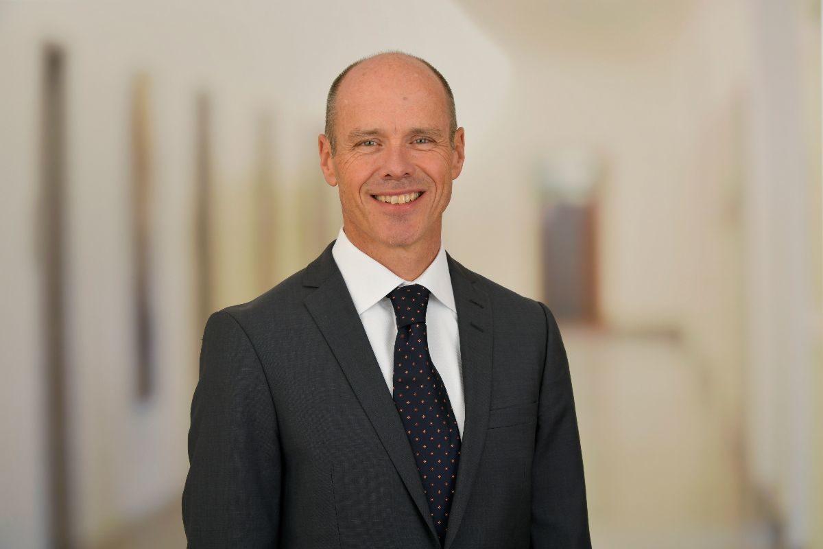 Interview mit Thomas Gerber, Leiter Vorsorge der AXA Schweiz: Wechsel von der Vollversicherung in die teilautonome Welt
