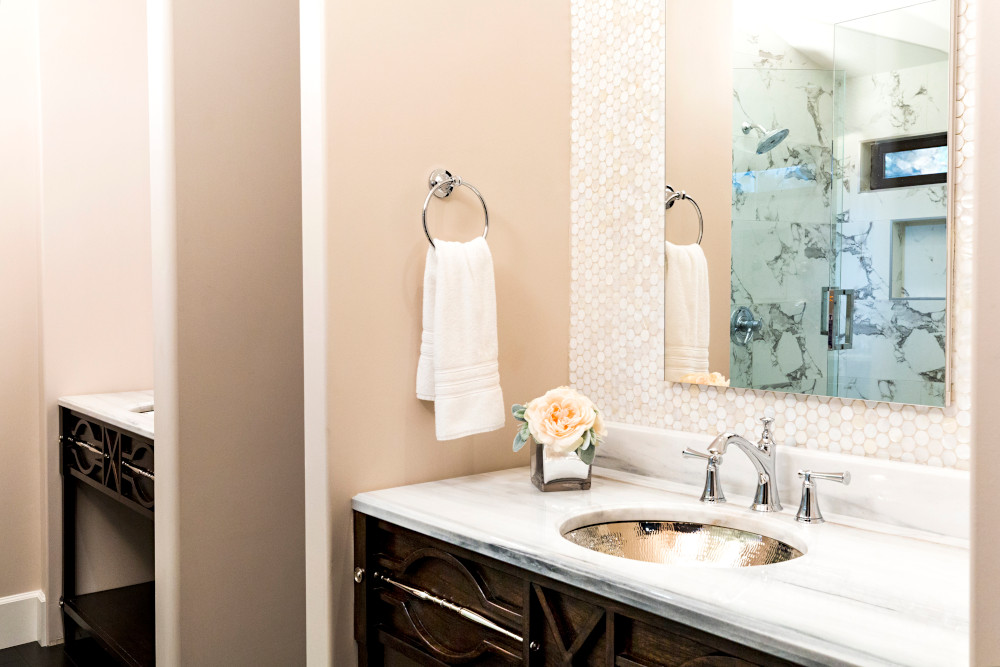 Bathrooms portfolio thumbnail.