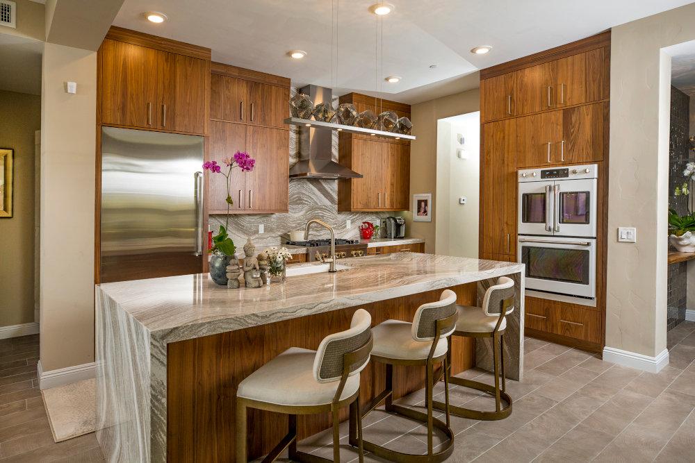 Kitchens portfolio thumbnails.