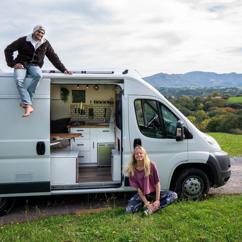 citroen relay van conversion Laurie and shaker