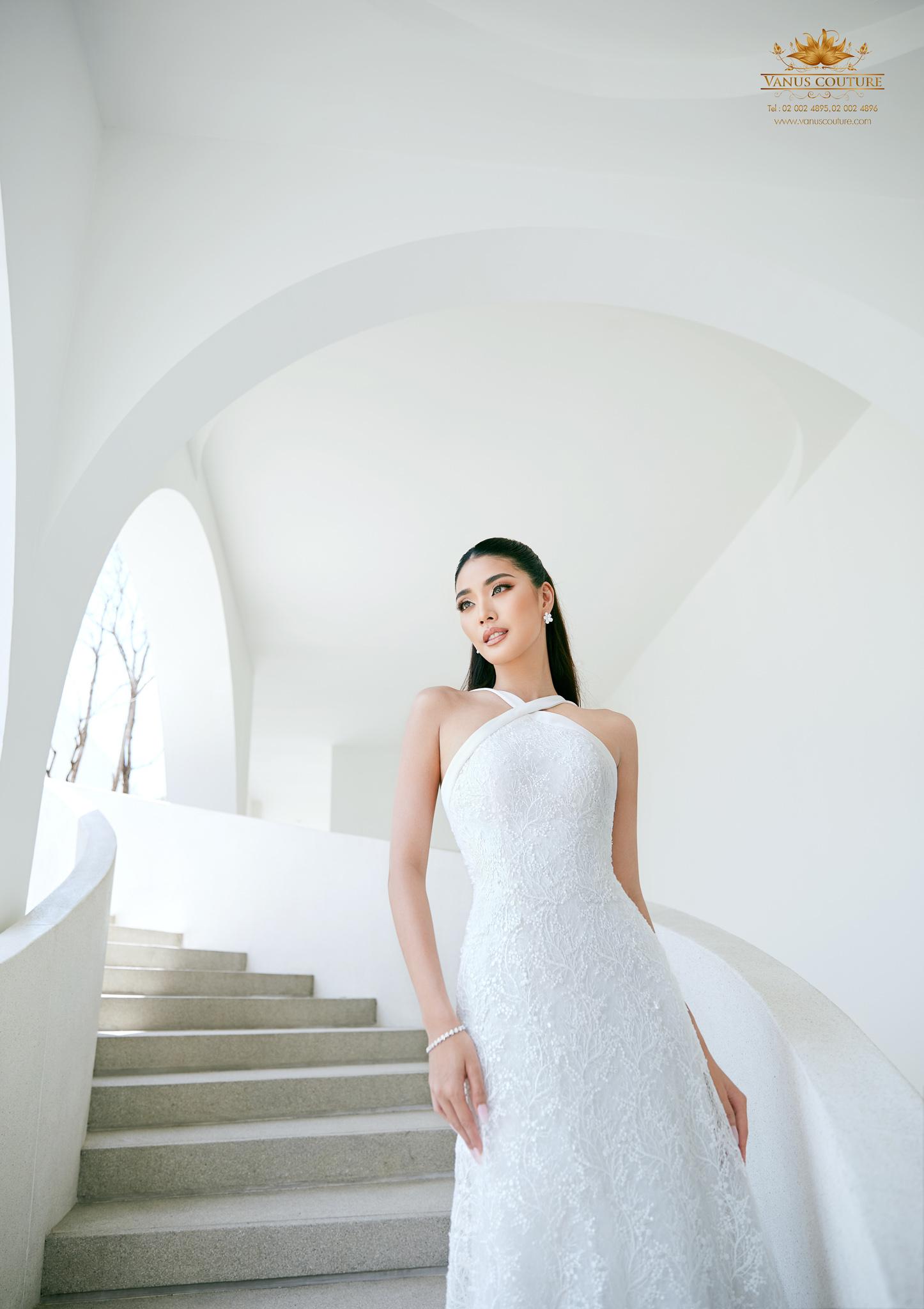 Minimal Wedding Dress - Zorzo 02