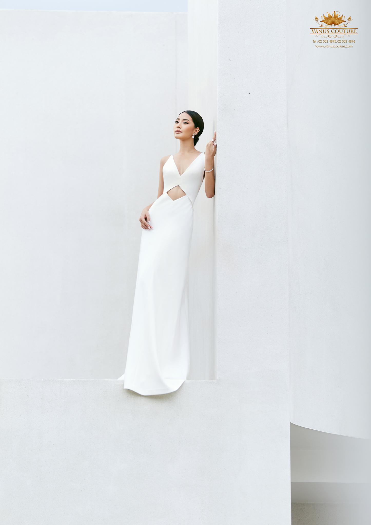 Minimal Wedding Dress - Zorzo 09