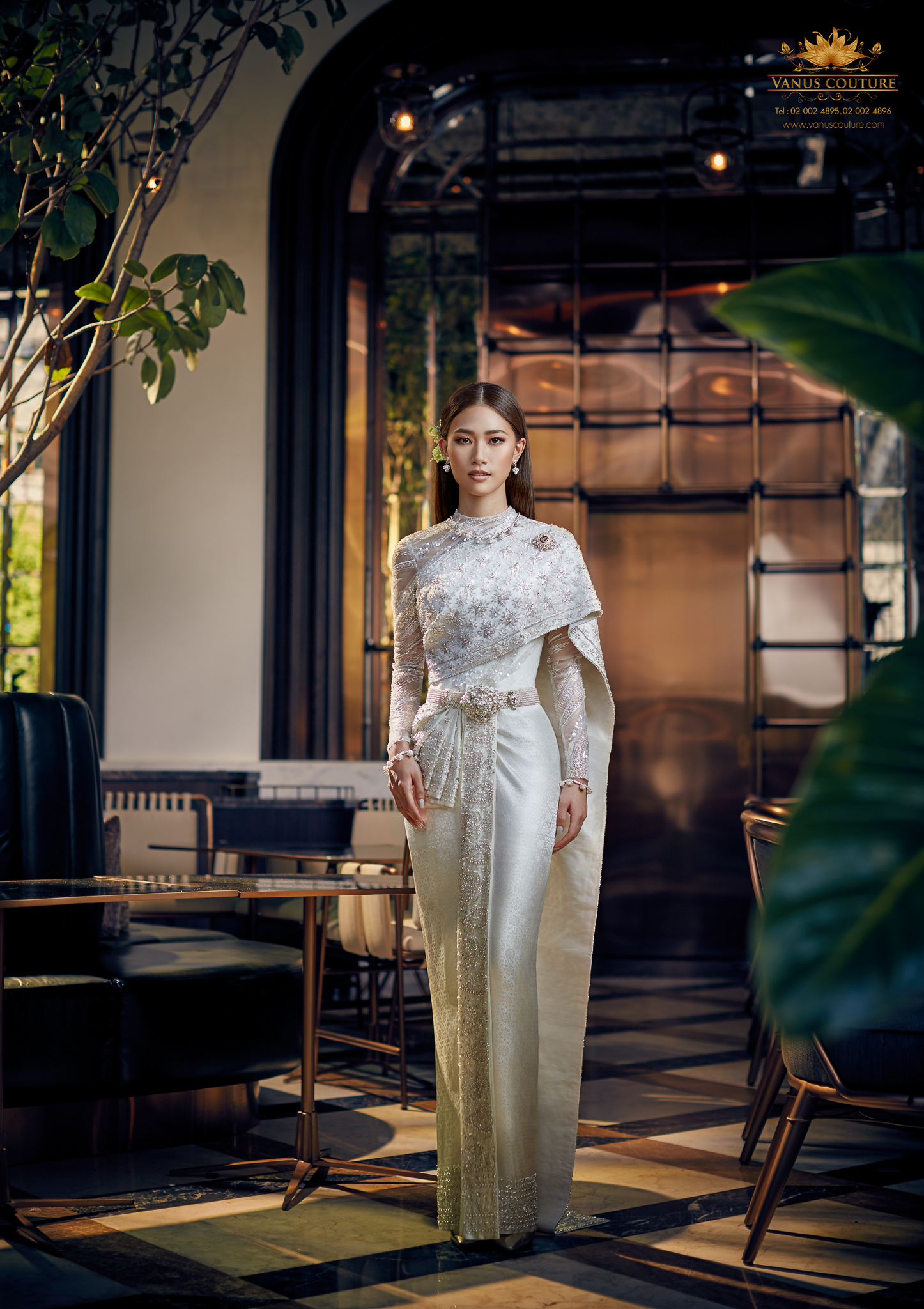Thai Traditional Dress - Pleng 01