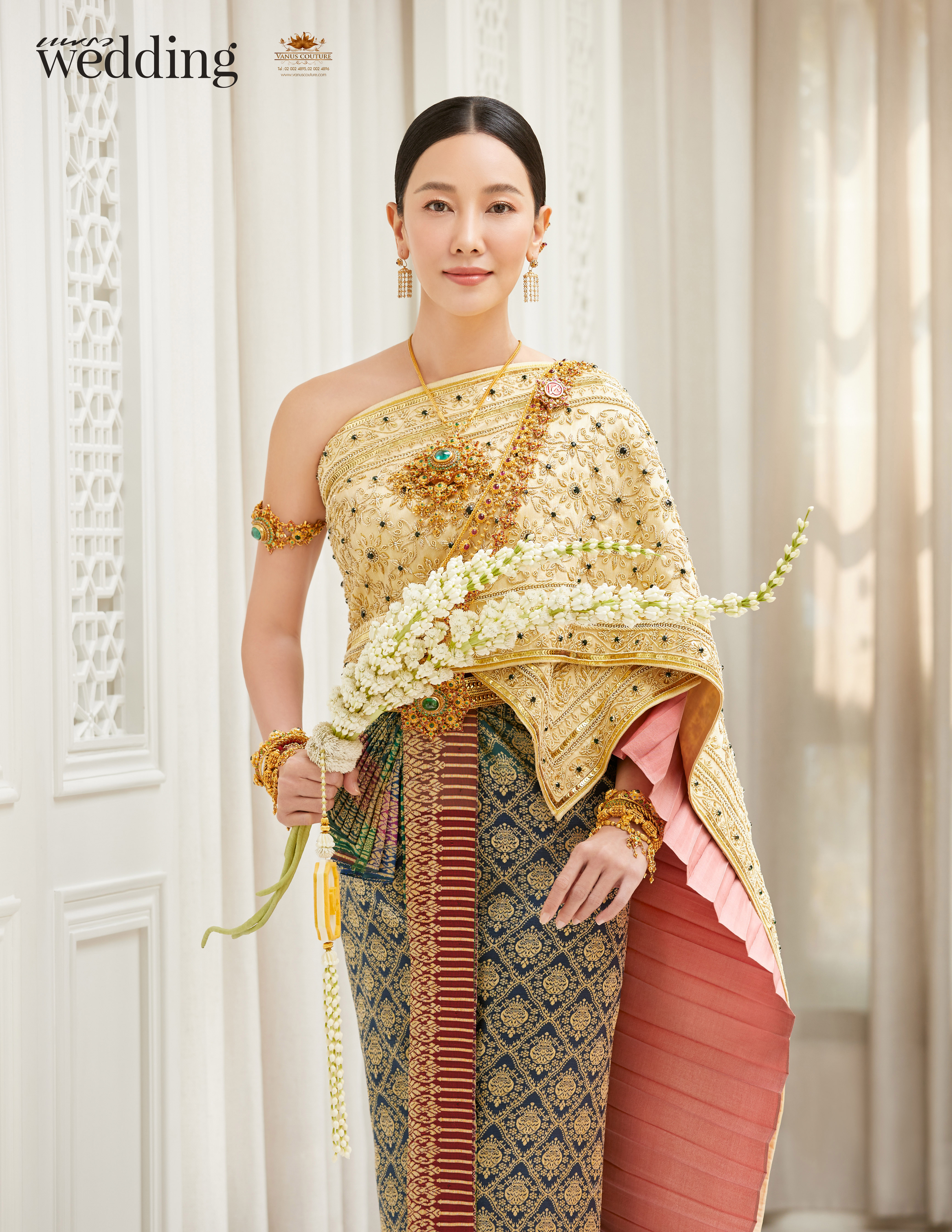 Thai traditional dress - Nune 04